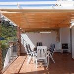 Casa pareada con 3 dormitorios y amplia terraza en Peña Parda. La Herradura.