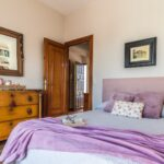 Nice house with views and gardens in El Capricho.